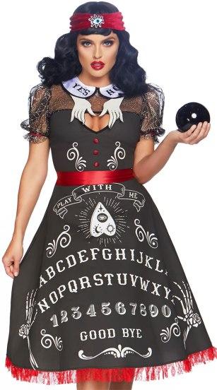 LA_86812_01-SpookyBoardBeauty